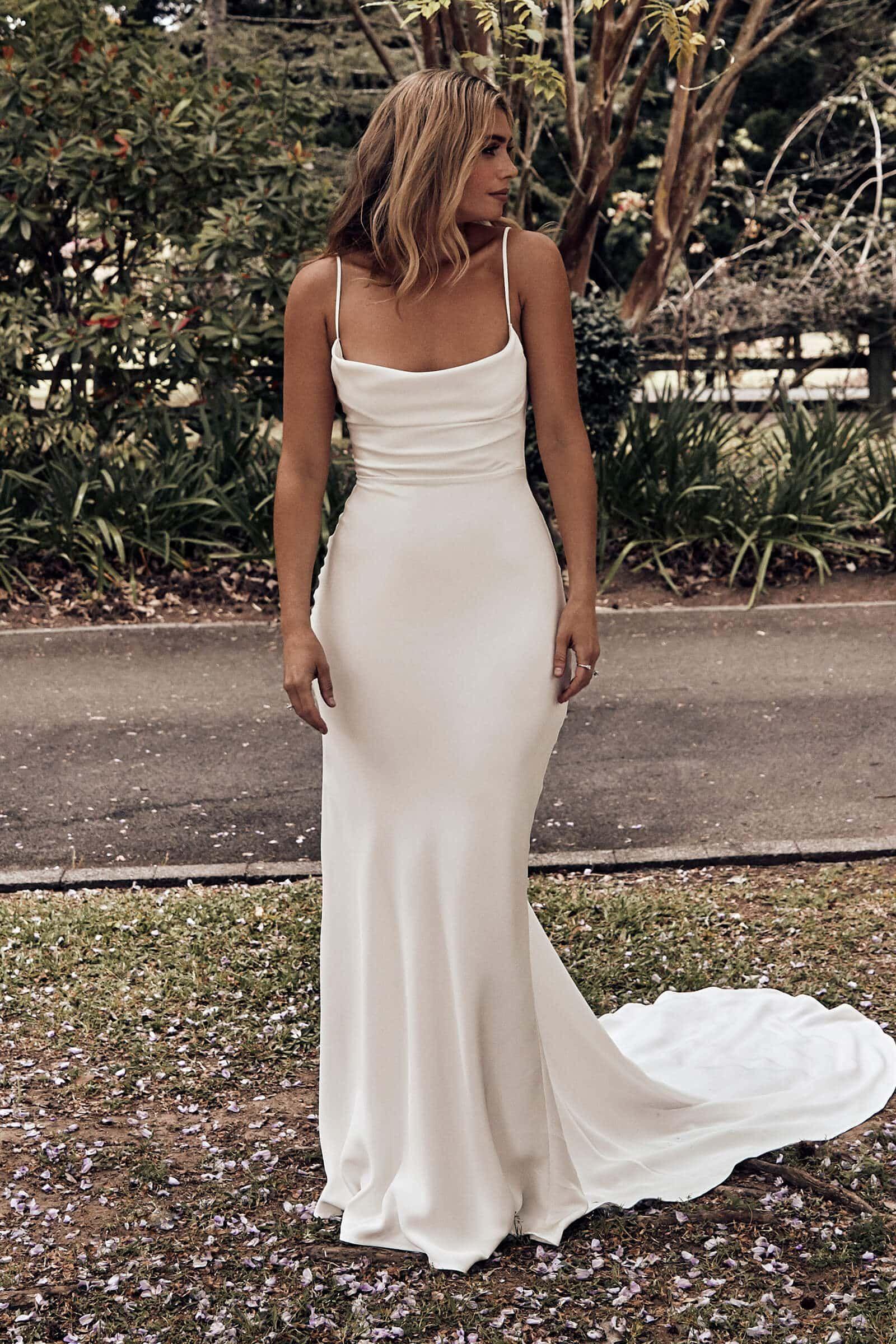 Honey Silk Gown Silk Wedding Dress Grace Loves Lace In 2020 Rustic Wedding Dresses Wedding Dress Guide Wedding Dresses Lace [ 2400 x 1600 Pixel ]
