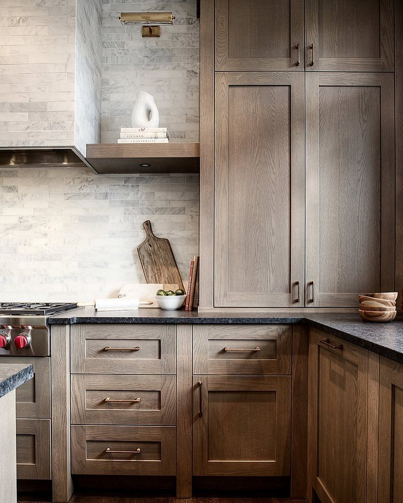 I Shared This Kitchen On The Blog A Few Weeks Ago And It Is Getting A Lot Of Pins I Rustic Kitchen Cabinets Kitchen Cabinet Styles Black Kitchen Countertops