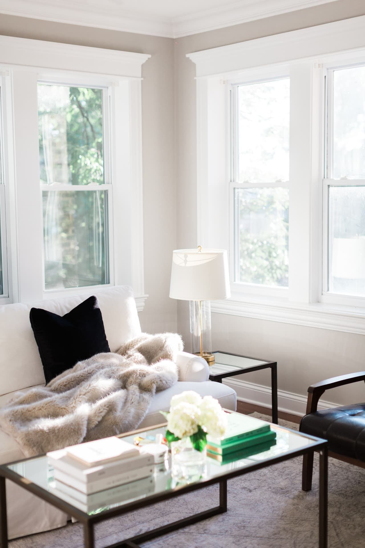House Tour: A Chic Classic Home in Chicago | Chicago, House tours ...