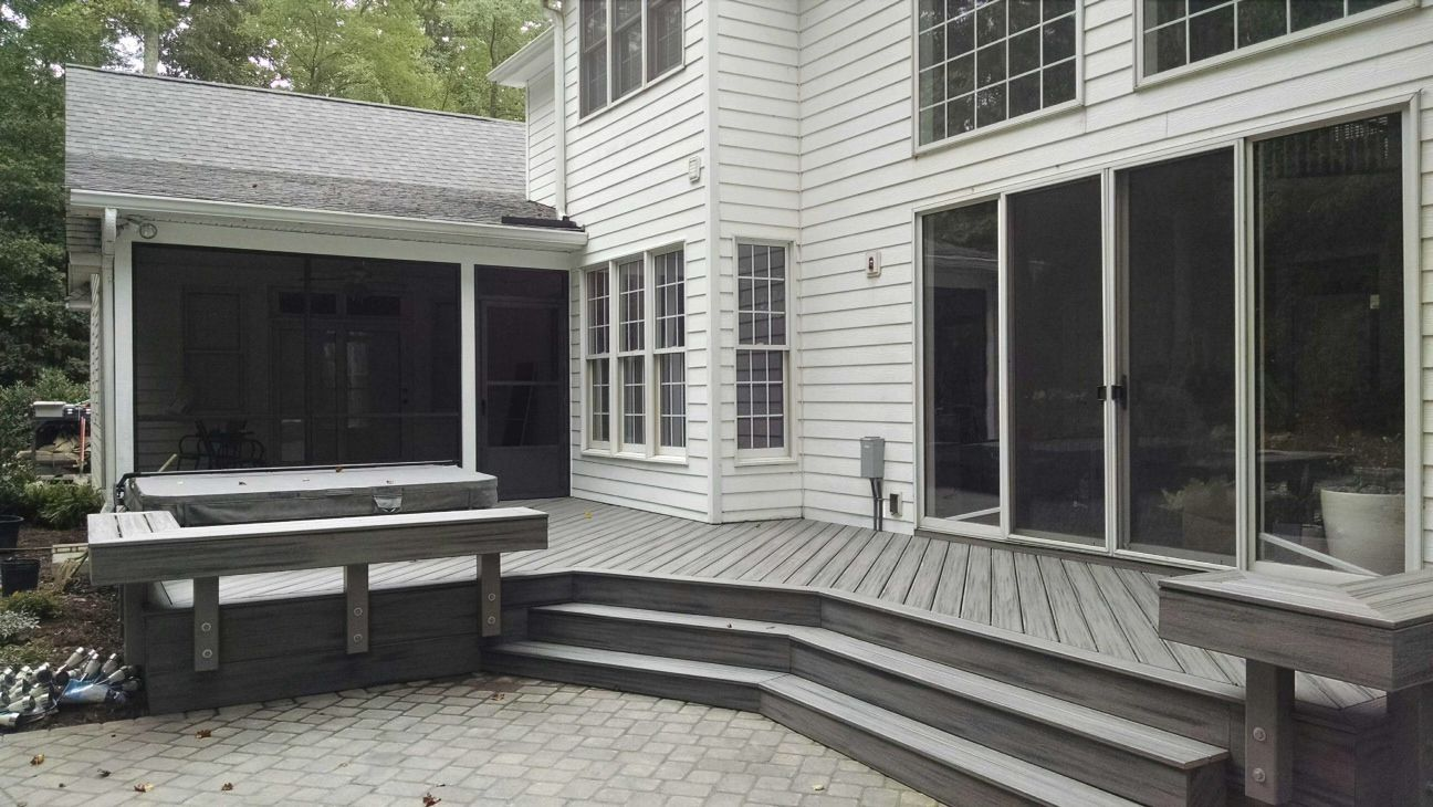 This Ious And Versatile Ashville North Carolina Deck Was Built By Trexpro Archadeck Of