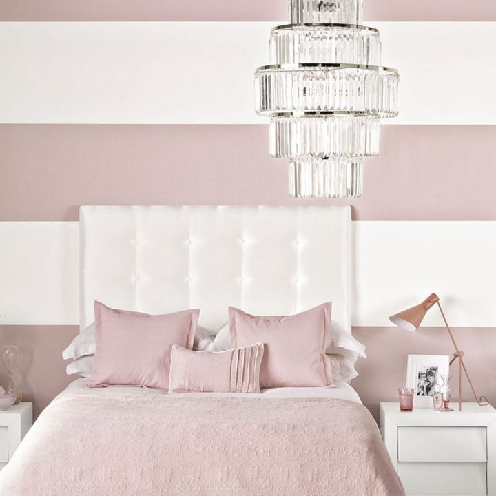 Peaceful Bedroom Colors And Decorating Ideas: Light Pink Bedroom Paint Color Ideas (Light Pink Bedroom
