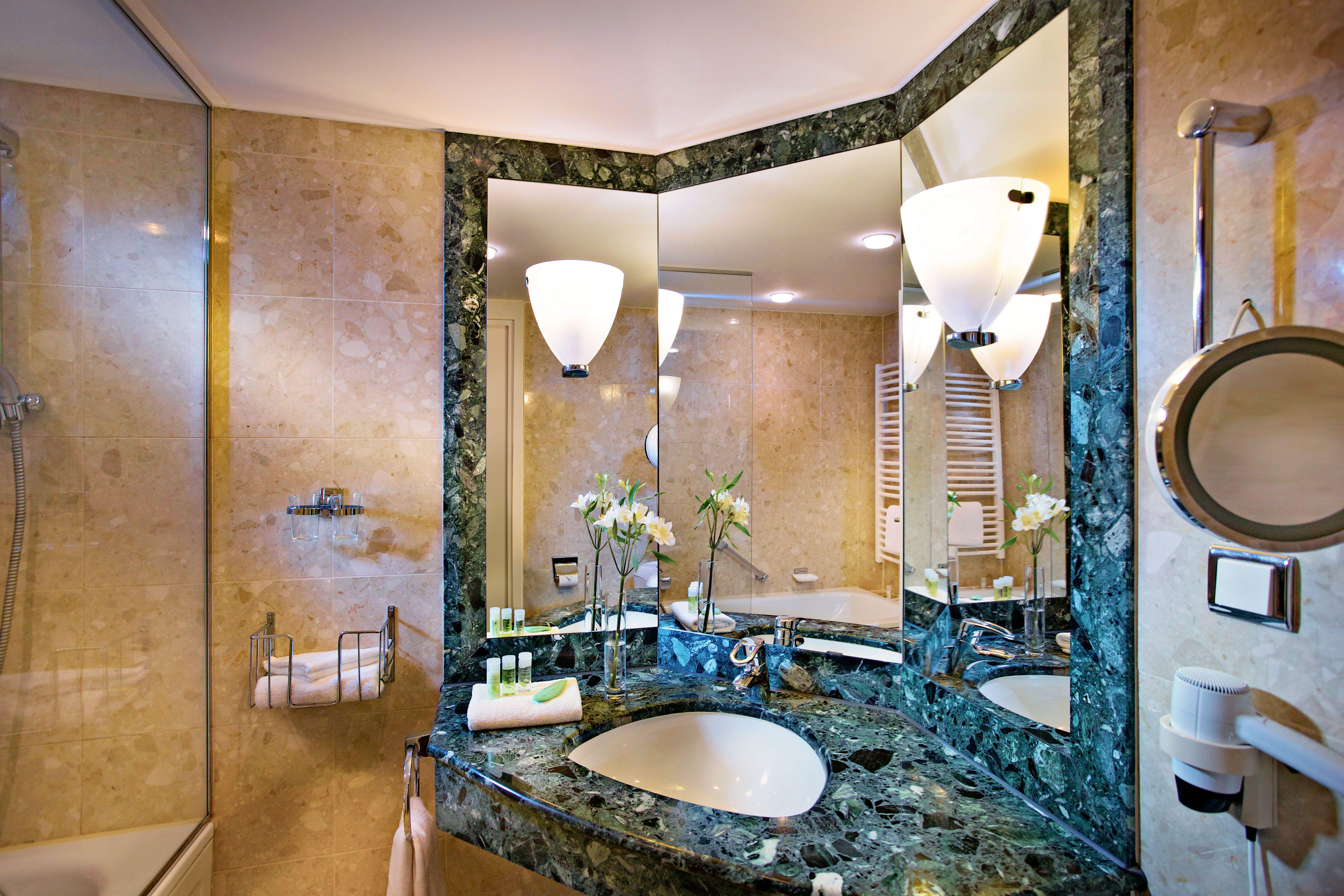 Badezimmer Hotel ~ The westin bellevue hotel dresden: badezimmer der präsidentensuite
