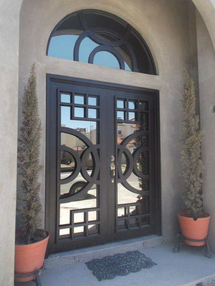 Puertas residenciales de herreria puertas en 2019 for Puertas principales de casas