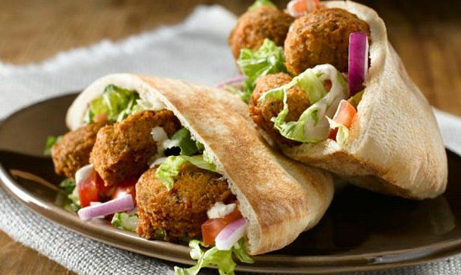 Falafel And Hummus Pita Recipe Falafel Recipe Food Best Falafel Recipe