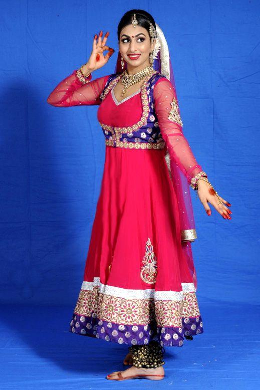 b473d681cd kathak costume images - Buscar con Google | Hindú | Pinterest ...