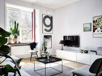 Scandinavische Vintage Woonkamer : Woonkamer met een mix van scandinavische en vintage meubels