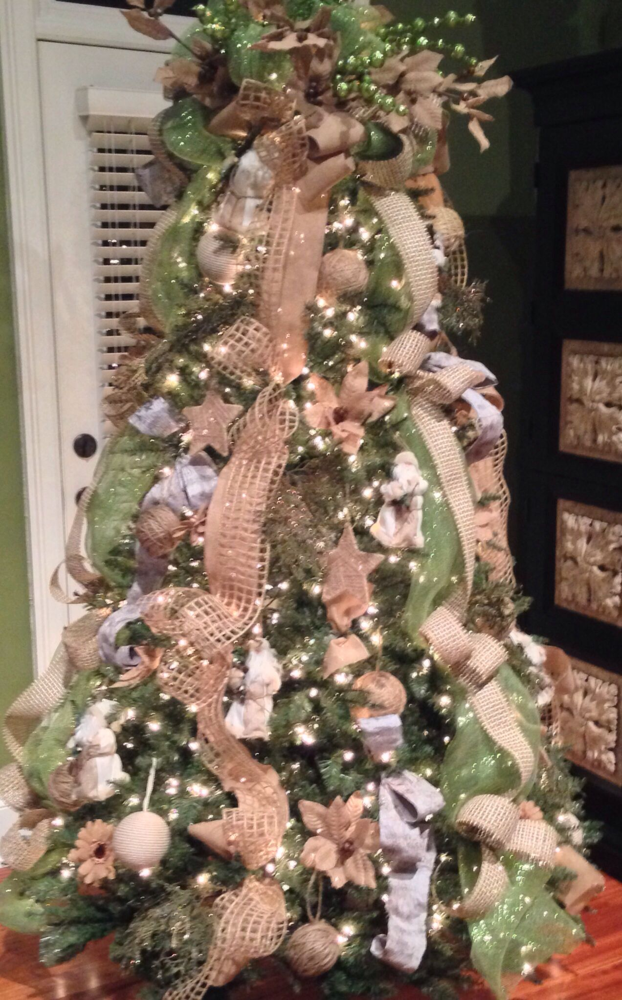 My Burlap Christmas Tree Library 2013