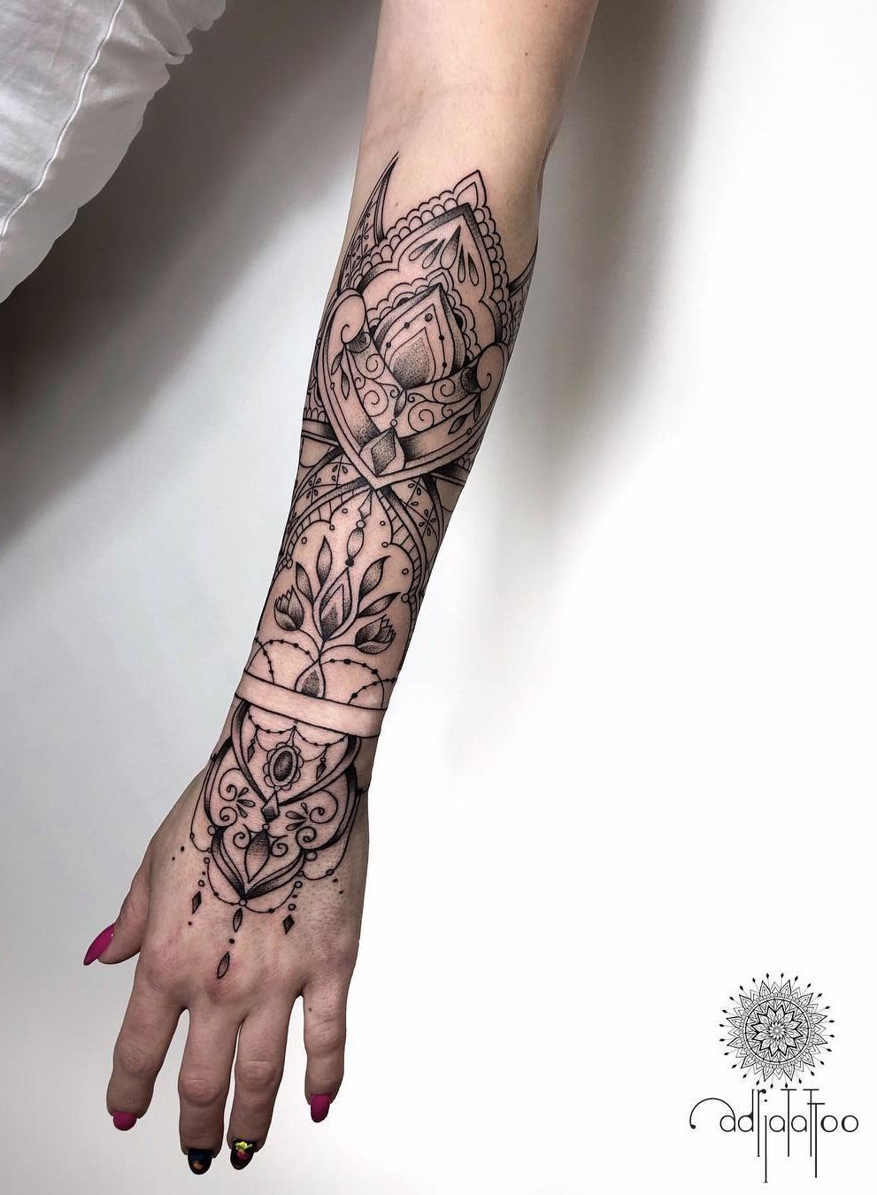 Exquisite Ornamental Tattoos By Adrianna Sak Kickass Things Mandala Hand Tattoos Tribal Hand Tattoos Mandala Tattoo Sleeve Women