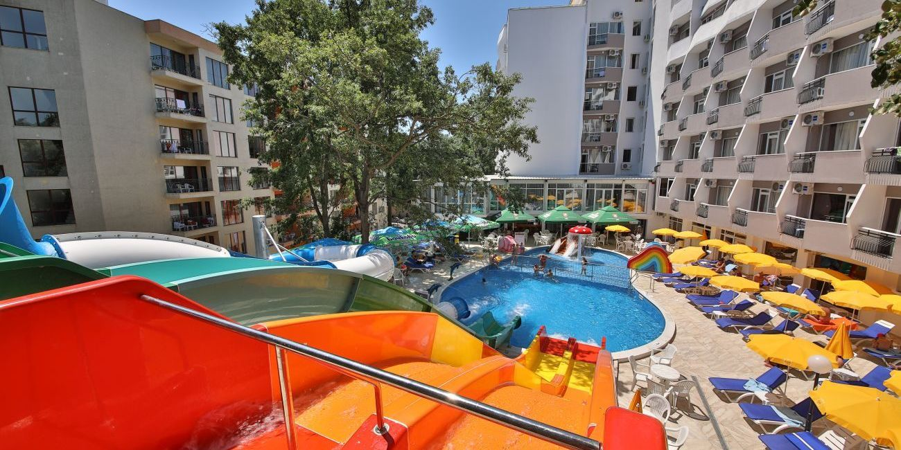Vacanta De Vara Pe Litoral 2018 La Prestige Deluxe Hotel Aquapark Club De 4 Stele Din Nisipurile De Aur The Good Place Seaside Summer Holiday