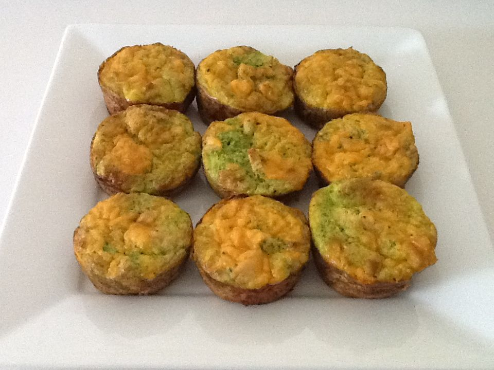 Rhiannon's Chicken & Broccoli Breakfast Soufflés. Healthy. Protein Packed & Carb Free. 3eggs+3egg whites+3cups broccoli+1T Mrs Dash in blender. Divide mix between 12 greased muffin tins. Divide 1cubed cooked chicken breast between tins & top w sprinkle of cheddar. Bake 30min at 350degrees