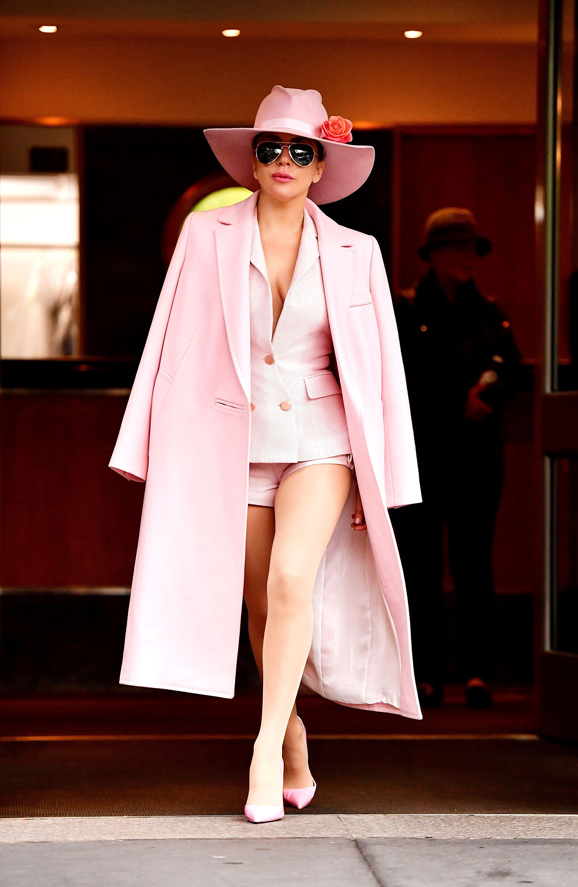 We Never Thought Lady Gaga Would Model Springs Must Wear Colour S De Michel Sandal Flat Wanita Princess Putih In Millennial Pink Outfit
