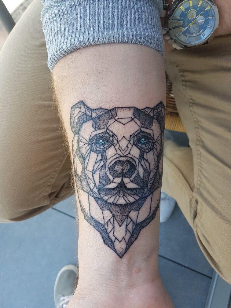 Geometric Bear Tattoo Interesting Tattoos Pinterest Tatouage