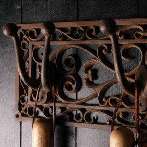 Patère en fonte 2 et 6 crochets pour outils de jardin