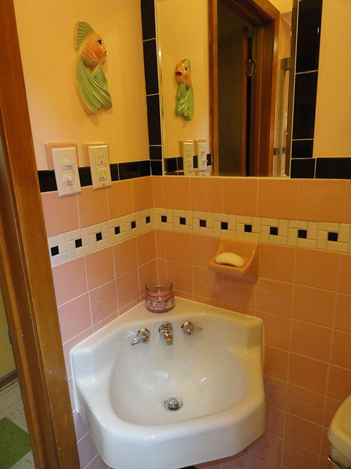Pin On Bathrooms Prepping jadeite bathroom for holiday