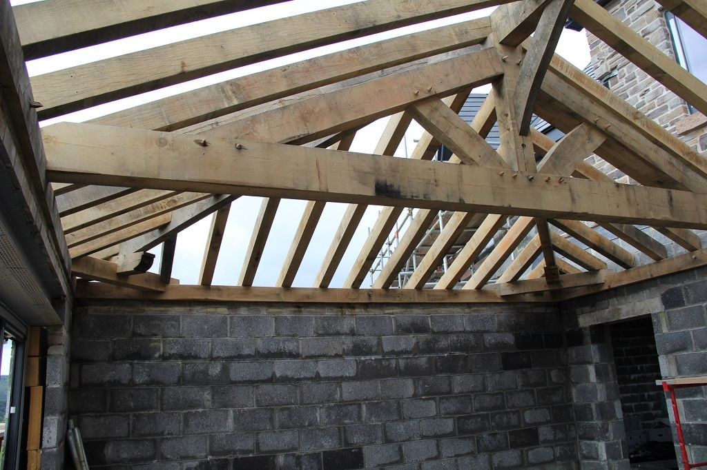 Shallow pitched truss with brace to ridge #timberframe | Good wood ...