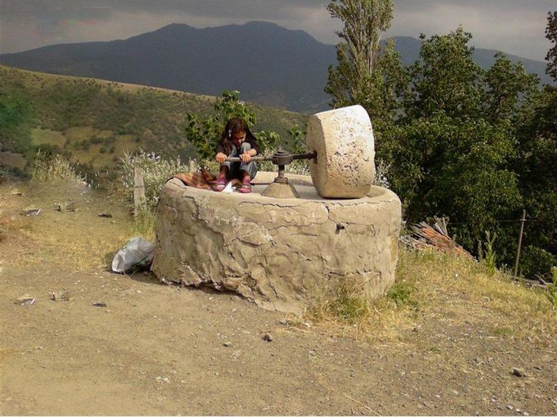 Erkenek ta de rmen erkenek stone mill mill stones - Olive garden bailey s crossroads ...