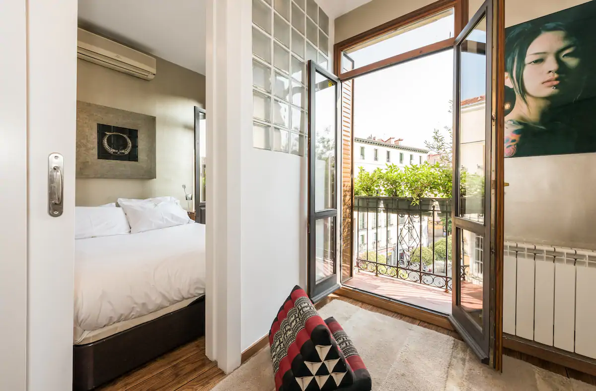 Charming Apartment In The Heart Of Lavapiés Square Apartments For Rent In Madrid Spain Madrid Apartment Spanish Decor Apartments For Rent