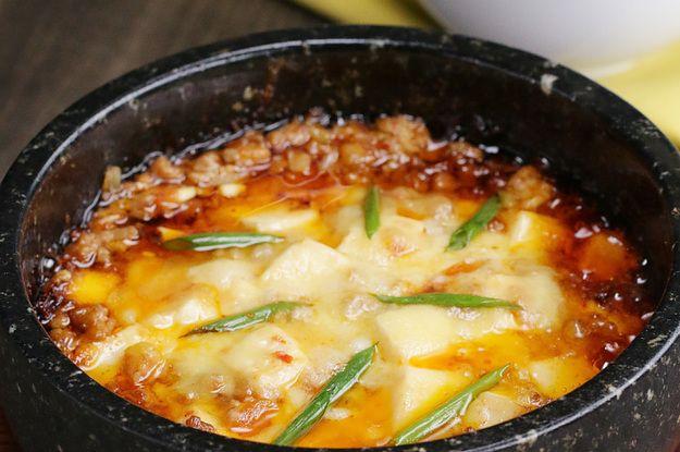 ハフハフしながら食べたい!チーズ麻婆豆腐