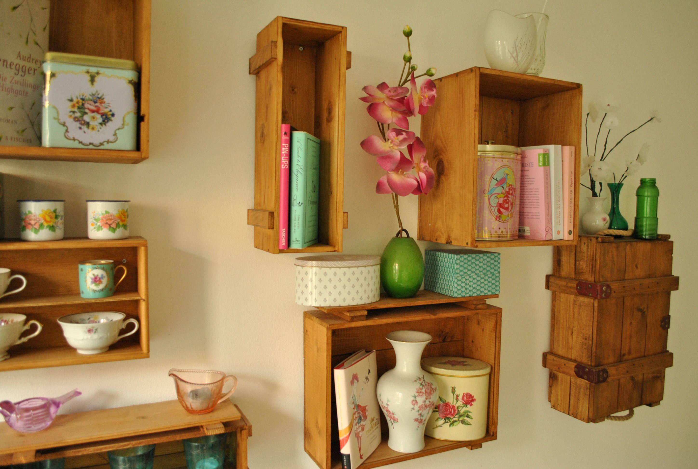 Y un poco de dise o decorar con cajas de vino diy en - Estanterias de vino ...