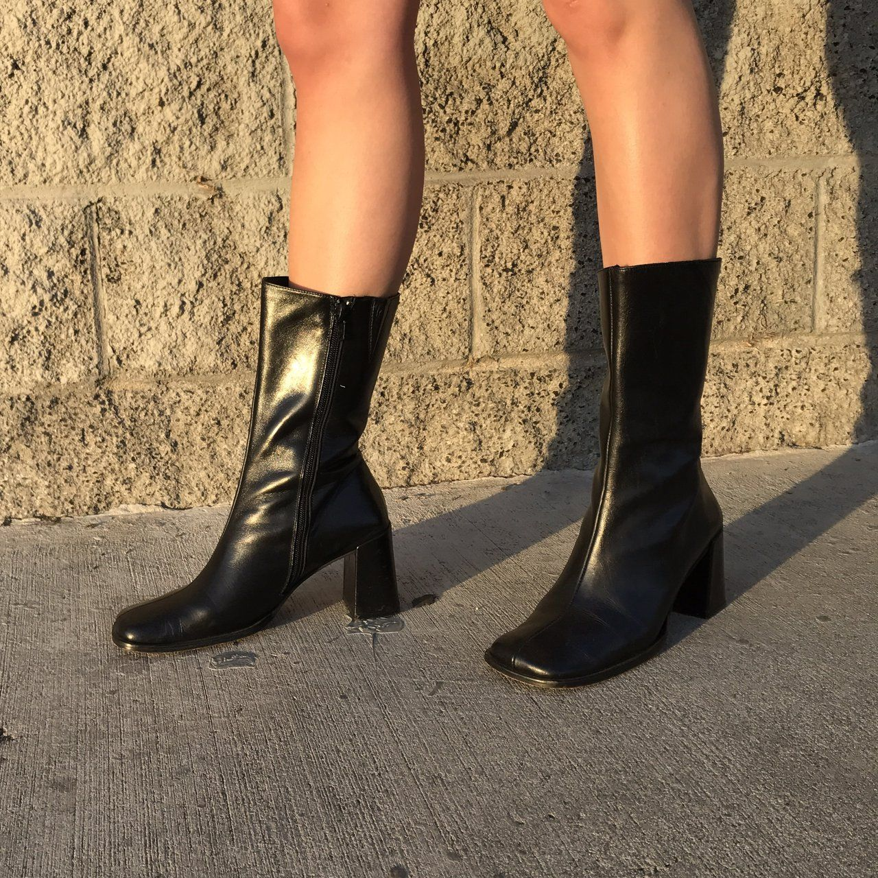 Vintage Guess block heel leather boots! 90s style, black leather, mid calf  rise, square toe, 3 inch hee… | Black heel boots, Leather boots heels, Boots  outfit ankle