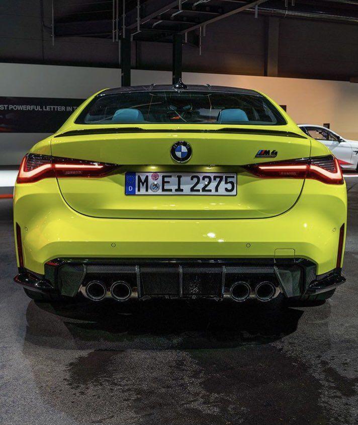 #urus #rollsroyceclassiccars #audi #cars #car #luxurycar #Lamborghini #Bentley #rollroyce #gwagon #wagon #carinterior #carexterior #interior #exterior #celebrity #celebritycars #expensive #expensivecar #Mercedes #Porsche