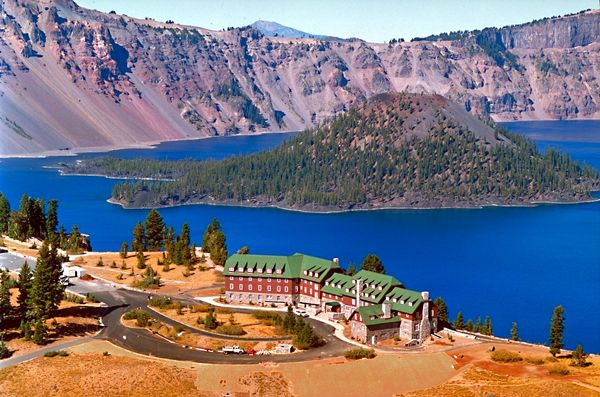 Crater Lake Lodge For Other National Park Places To Stay See Fair Crater Lake Lodge Dining Room Menu Decorating Inspiration