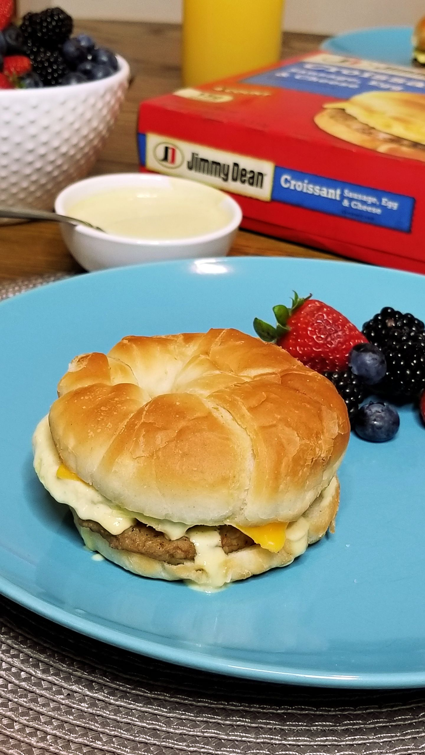 AD Need back to school breakfast inspiration? Behind