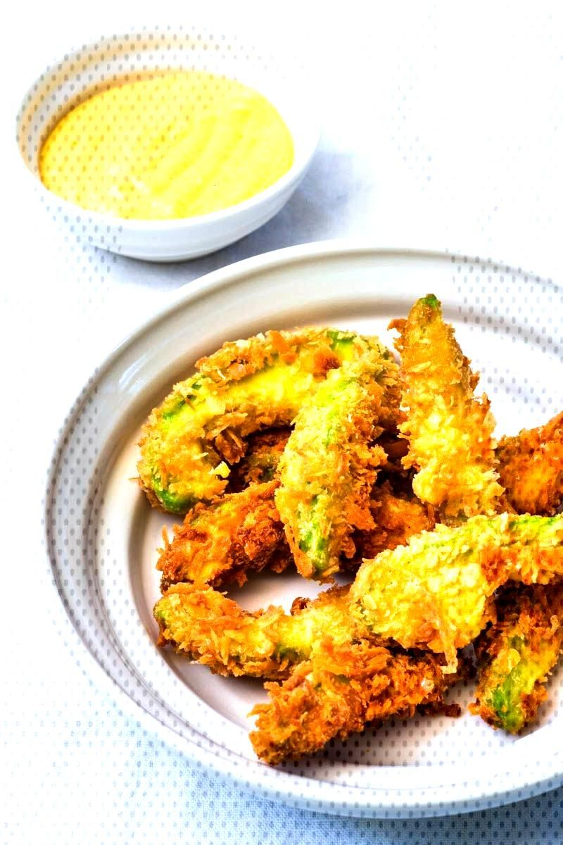 Crunchy avocado wedges with mango curry dip -  Do you love avocado too? Then you will probably frea