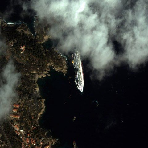 Eagle Eye The Best Satellite Views Of The Earth Pictures Image Earth