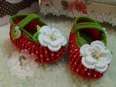 Pin von Sebiyle Usta auf Çorap patik örme çizme ayakkabı | Pinterest ...