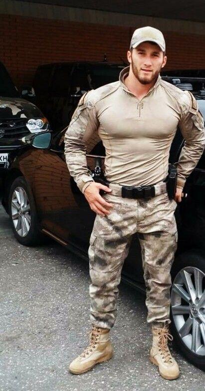 Single army men