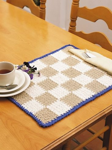 Checkerboard Placemats   Yarn   Free Knitting Patterns   Crochet ...