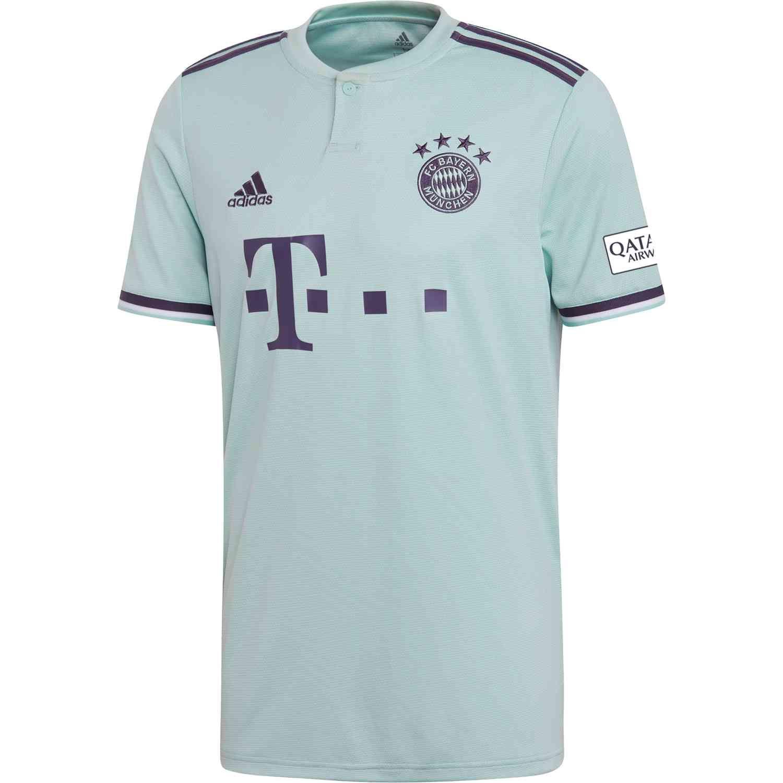 promo code 98d18 fd0bf Pin on Bayern Munich