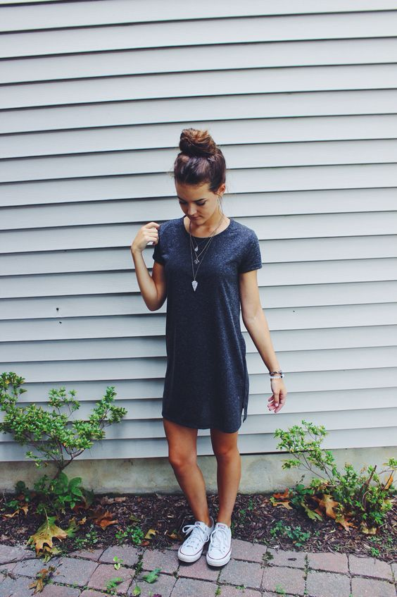 sport chic dress with white converse | Chic dress, Outfits