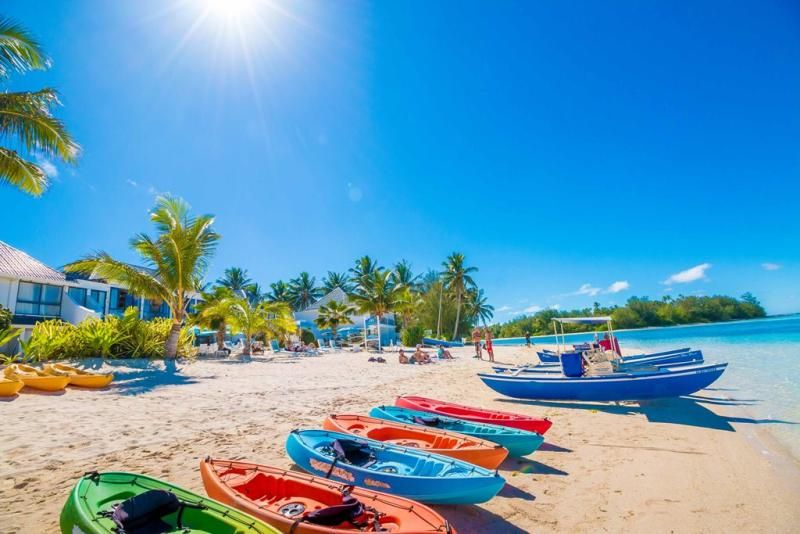 Water sports galore at the Muri Beach Club Hotel