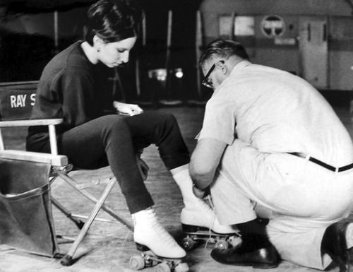 Rare picture of Barbra Streisand and Ray stark on set of Funny Girl.