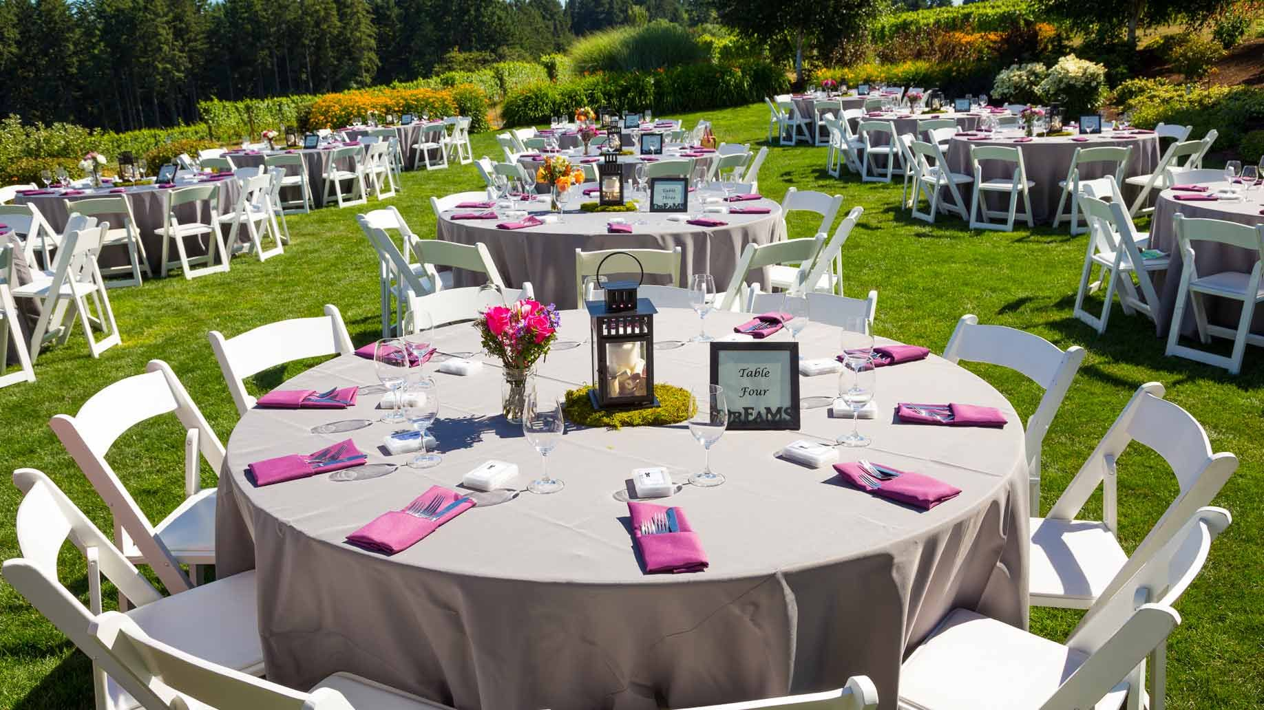 How To Throw A Wedding Reception For $1000