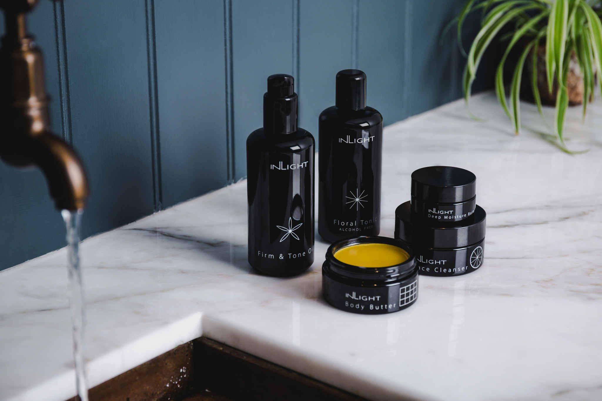 Plastic free skincare brands who nail zero waste