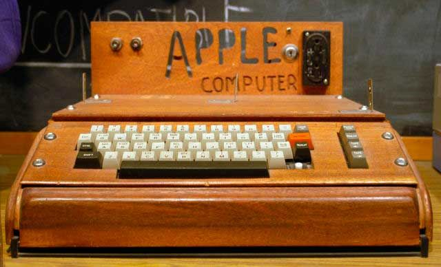La Primera computadora de Apple 9 (Apple I, 1976)