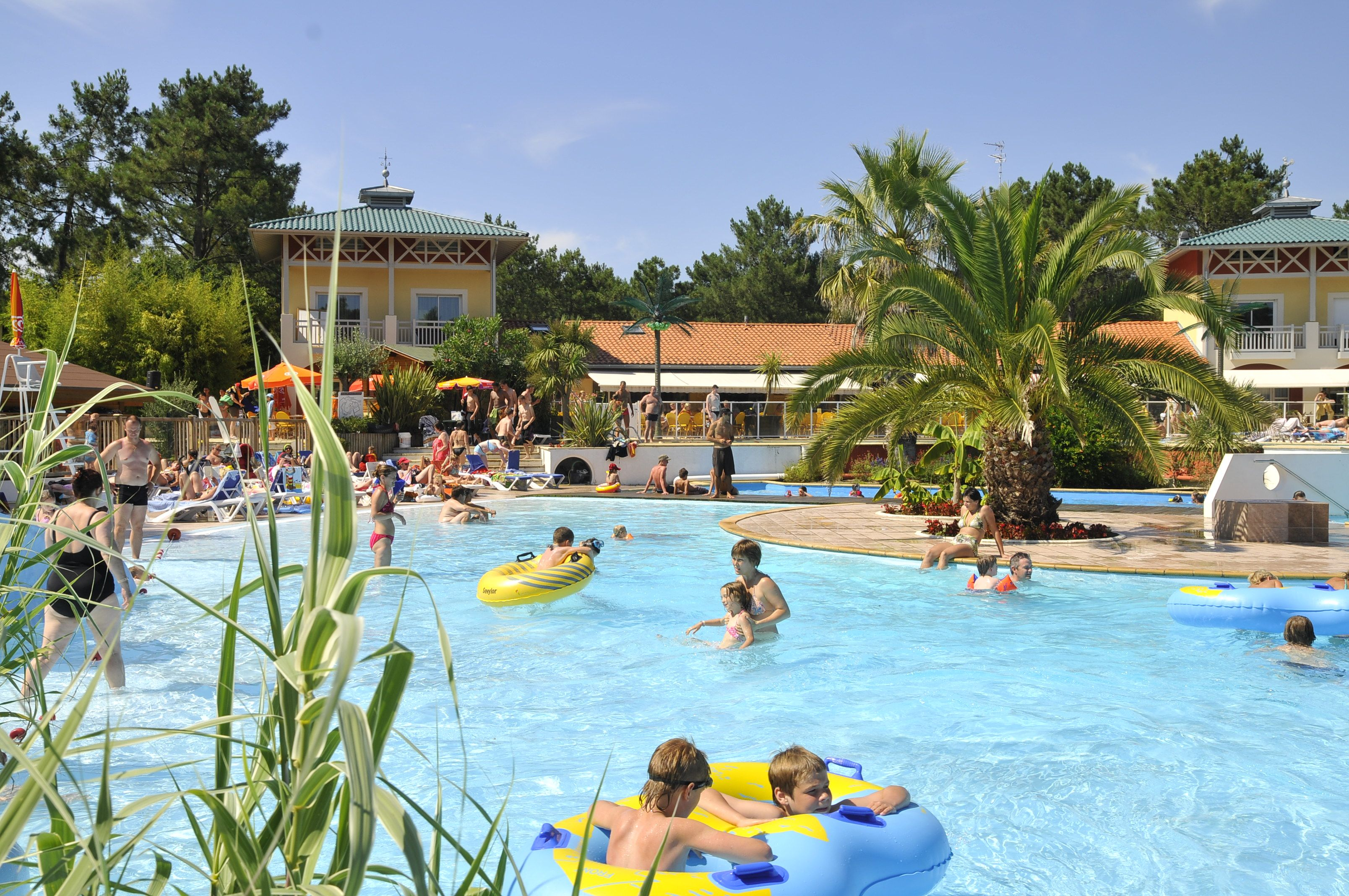 Camping le sylvamar labenne oc an camping for Camping a biarritz avec piscine