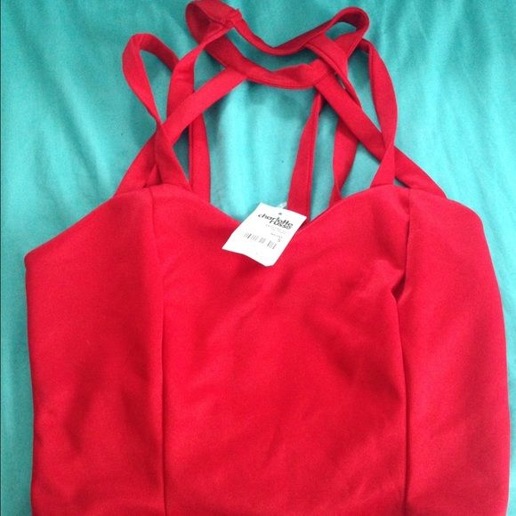 NWT red Charlotte rouse crop top Super cute NWT Charlotte Russe Tops Crop Tops