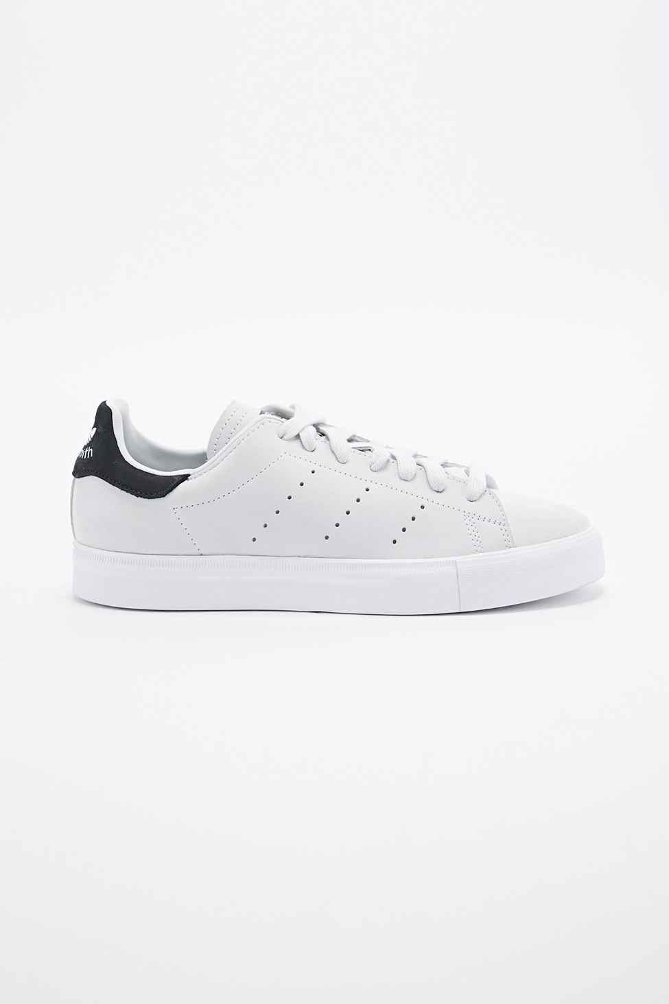 bbc603db77c8 adidas - Baskets Stan Smith blanches et noires