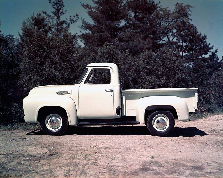 Old Pickup Trucks | 1953 Ford F-100 Pickup Truck