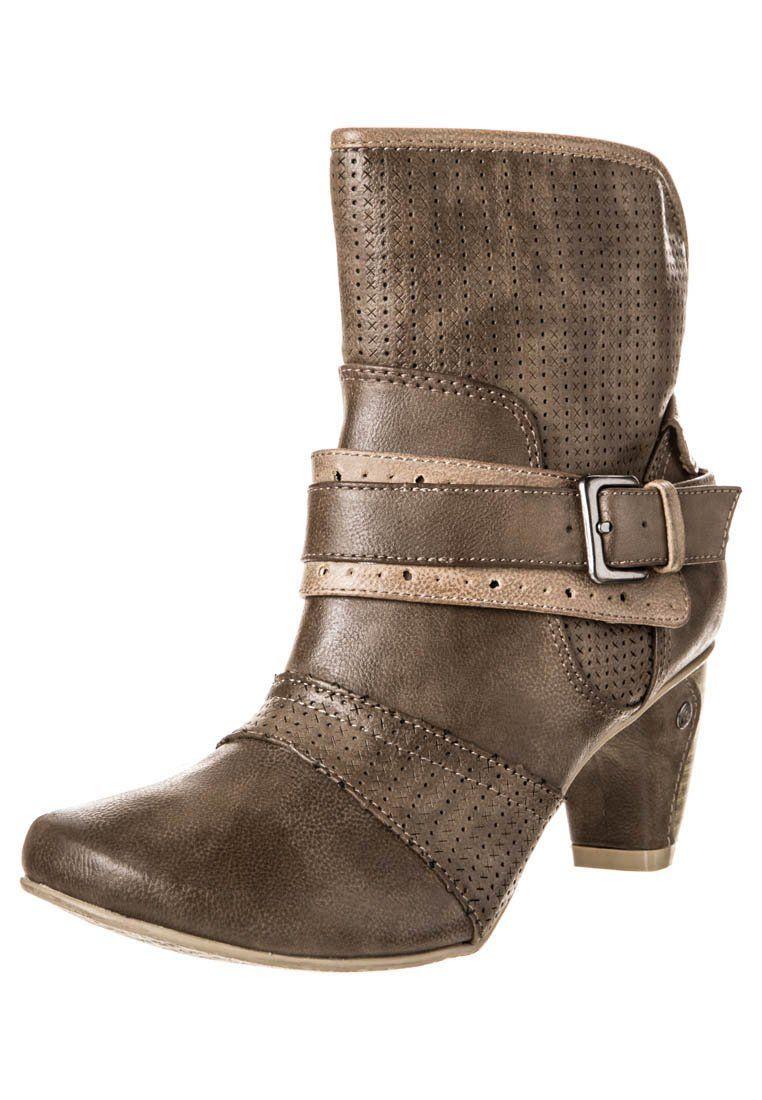 a1c74928baf Cowboystøvletter - braun @ Zalando.no 🛒   somethin' to wear ...