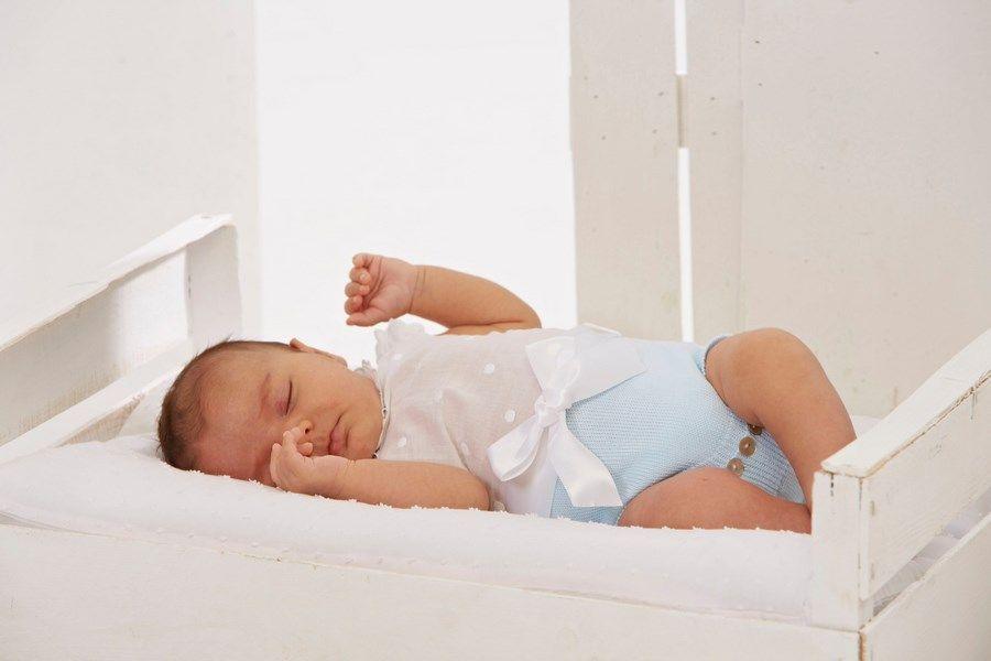 Ropa para bebés http://www.paranenesynenas.es/ropa-bebe/2118-moda-infantil-primavera-verano-2014-de-paz-rodriguez.html