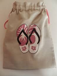 BOLSAS ZAPATOS - Buscar con Google Like this idea, would change the fabrics though...
