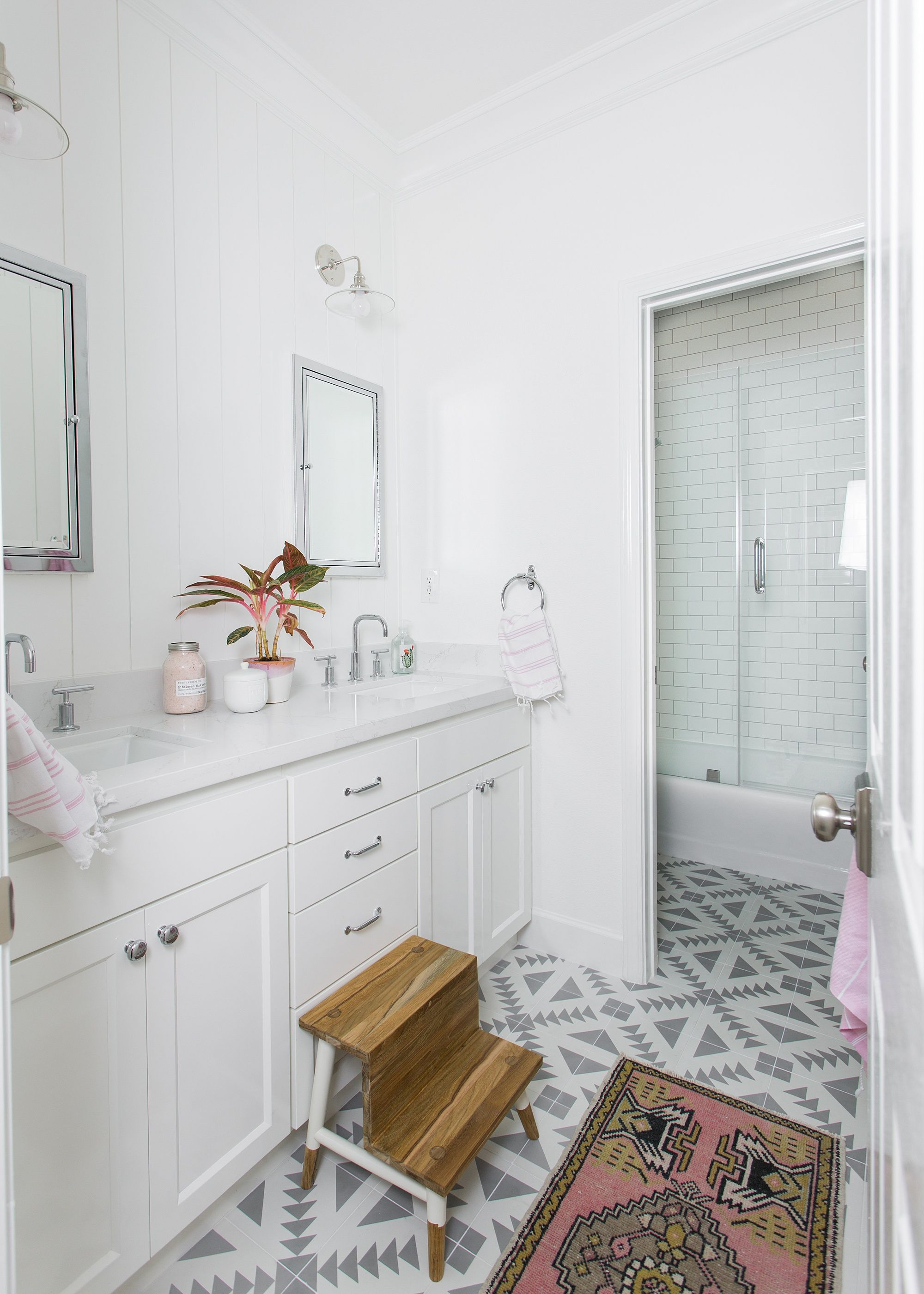 Little Girls Bathroom Design By Design Shop Interiors, Angie Edwards,