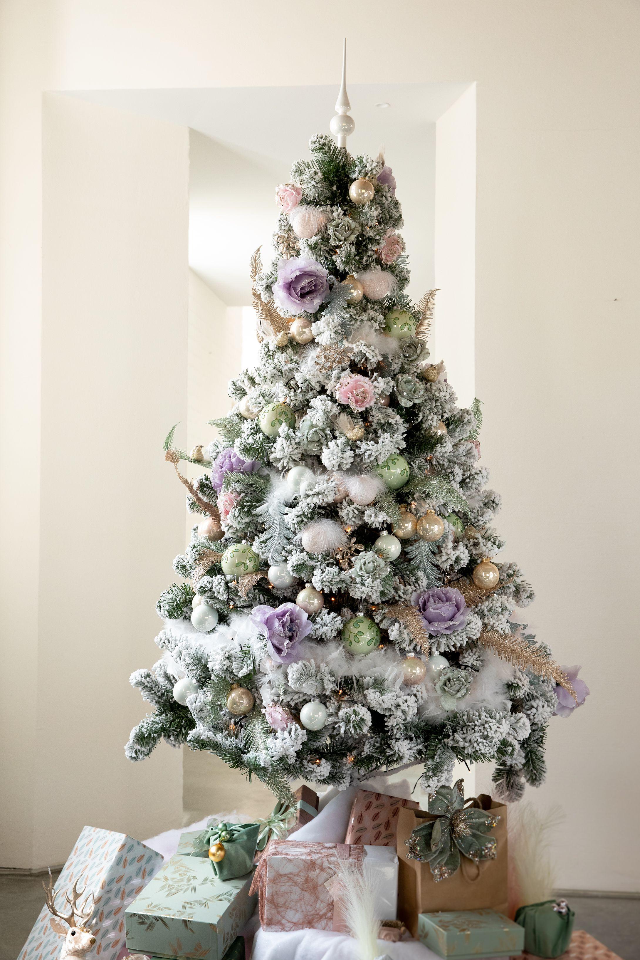 Kant En Klare Kerstboompakketten Ava Be Decoratie Kerstboom Kaarsen