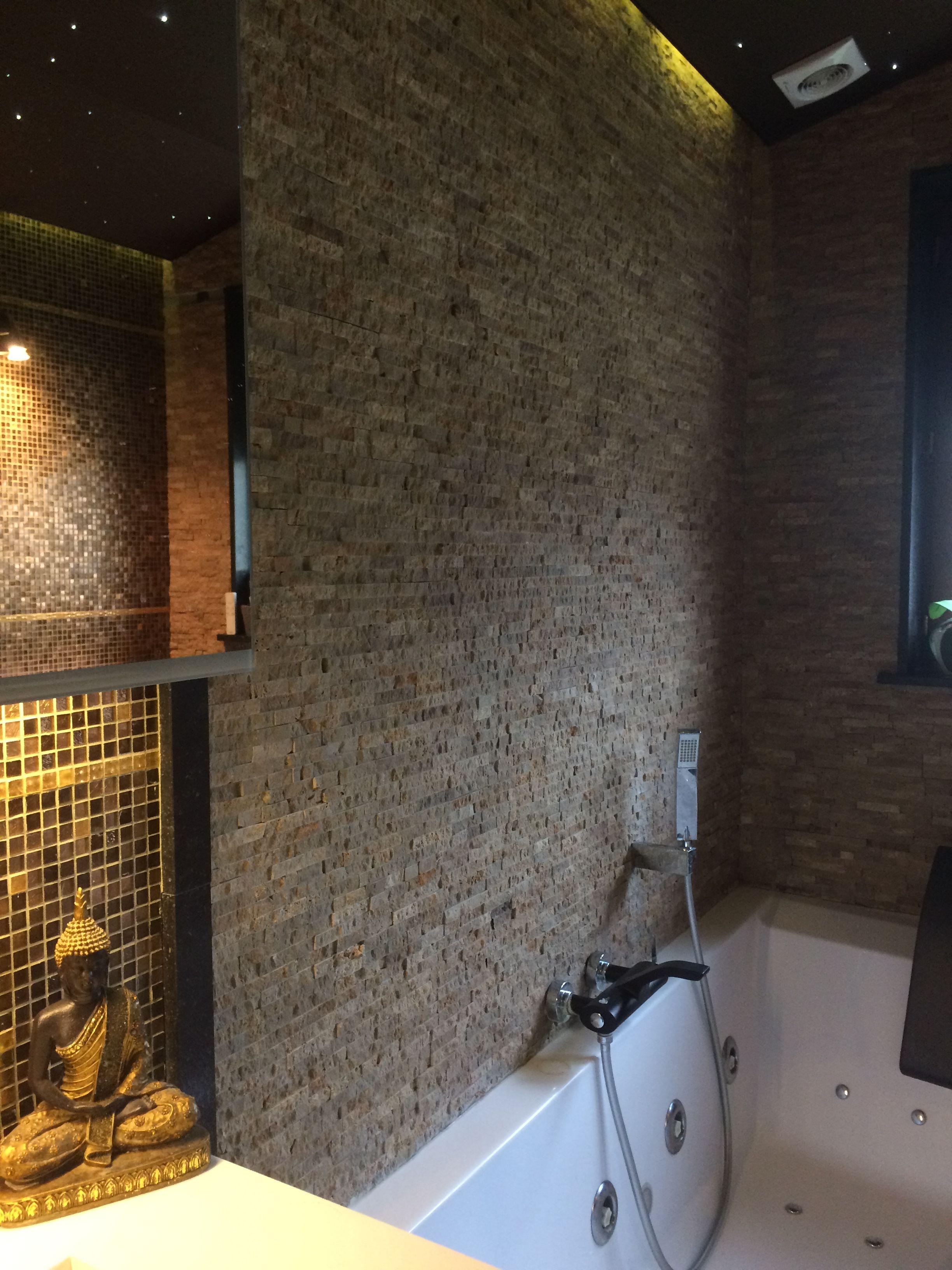 Idée de salle de bain. Réalisation par Rocco Scaletta. Briquette de ...