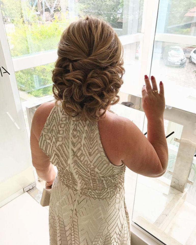 Penteados Para Mãe Dos Noivos Com Cabelo Curto Coque